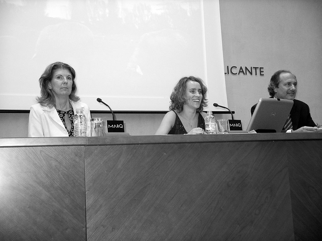 2004 - 29ª Reunion Anual SNE. Conferencia WiN en Alicante