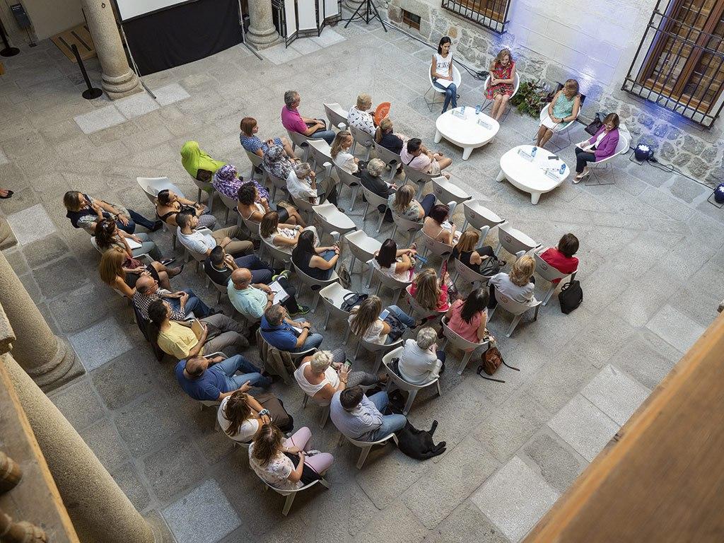 2018 - 44ª Reunión Anual SNE. Conferencia WiN en Ávila
