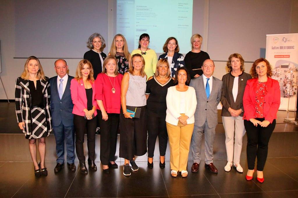 2019 - Las mentoras con representantes de la NEA/ENUSA y el ayuntamiento en Vigo
